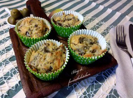 Muffin salati con carciofi e fontina